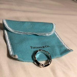 Tiffany & Co. ster. silver black enamel sig rg 8.5